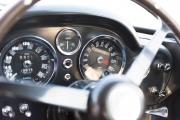 Aston-Martin-DB6-20