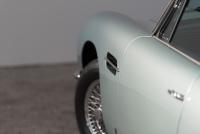 Aston-Martin-DB6-10