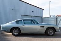 Aston-Martin-DB6-22